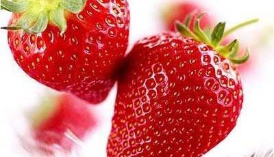 A fruta do morango é leve refrescante e pouco calórica.