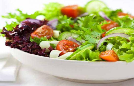 TA salada ajuda na dieta para secar 7 quilos.