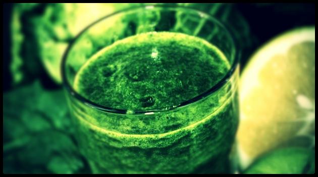 Essa é uma das receitas da dieta desintoxicante que é o suco detox.