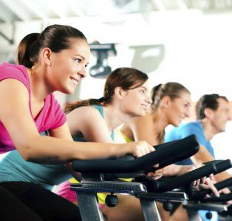 Os Exercícios físicos dão mais estímulos feito na academia.